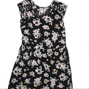 Xhilaration black floral cap sleeve sundress